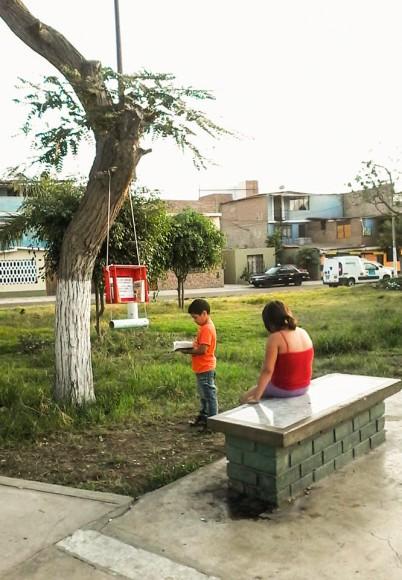 Arbolibro en San Juan de Miraflores, Lima. Por Hemerson Núñez. Image © Hemerson Nuñez