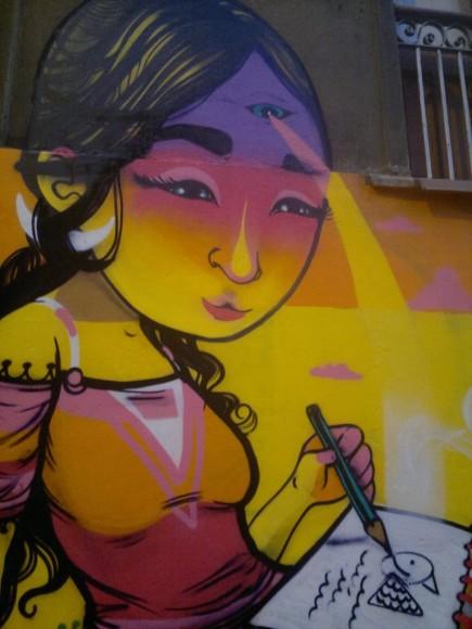 Mural en calle Urriola, centro de Valparaíso. Anis.
