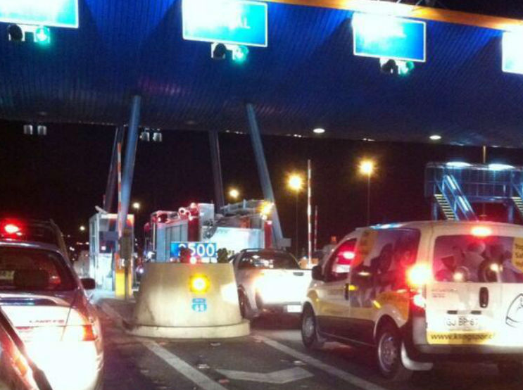 vehiculos emergencia peajes autopistas chile