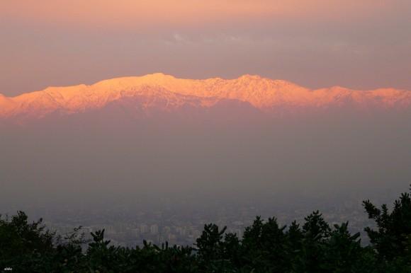 Contaminación atmosférica en Santiago (invierno). © alobos Life, vía Flickr.