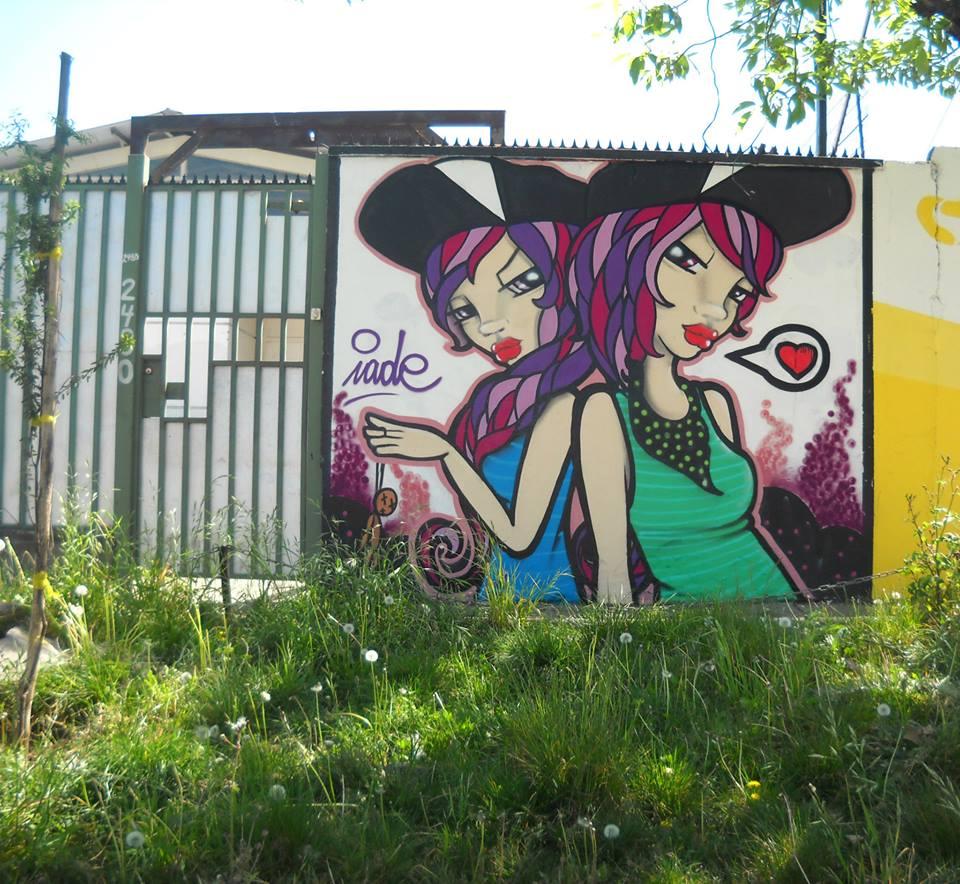 Mural de Iade en las afueras de la estación Rodrigo de Araya