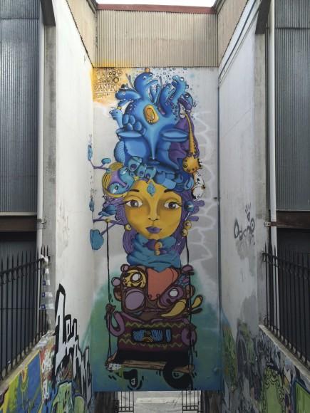 Mural en Cerro Alegre, Valparaíso, junto a Sammy Espinoza y Zanart.Cortesía de Cines.