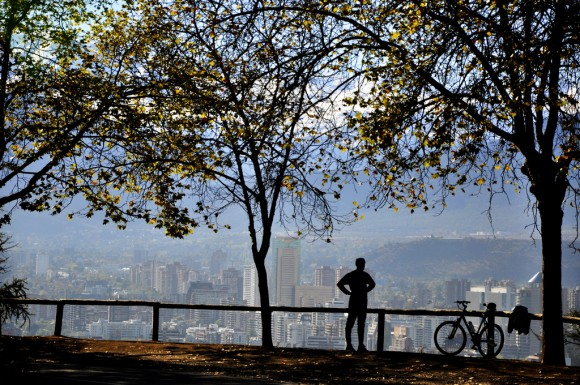 Santiago desde el Parque Metropolitano. © Guido Asis, vía Flickr.