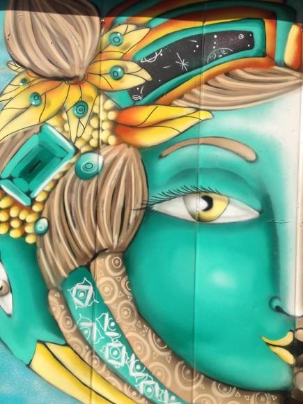 Mural en Barrio Bellavista, por la calle Pio Nono. Cortesía de Cines