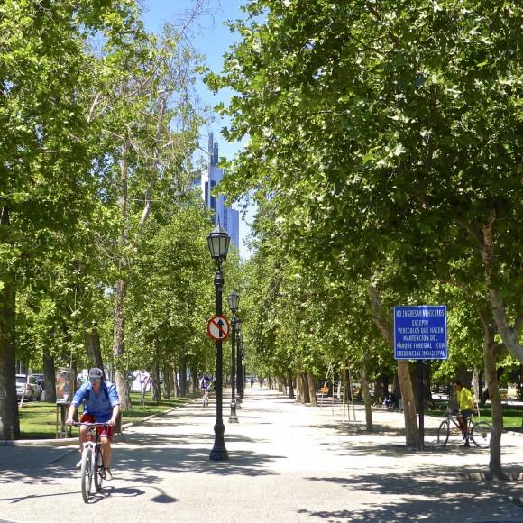 Parque Forestal, Santiago. © alobos Life, vía Flickr.