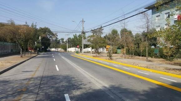 Ciclovía en calle Carlos Medina, Independencia. © Municipalidad de Independencia