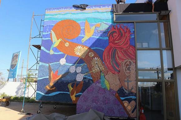 """Mural """"Polen Musical"""" en Centro Cultural San Antonio. Cortesía Valeria Merino."""
