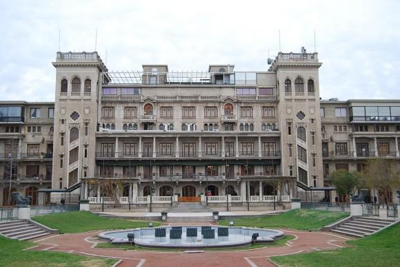 Club Hípico de Santiago. © Wikimedia Commons Usuario: Paul Lowry. Licencia CC 2.0