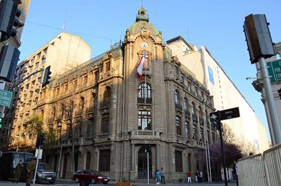 Intendencia de Santiago. © Wikimedia Usuario Pollolavin, Licencia CC 3.0