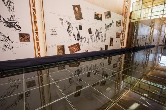 Bajo la vitrina, están las momias Chinchorro. © Plataforma Urbana
