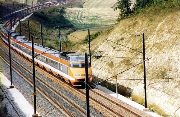 TGV_original_livery_1987