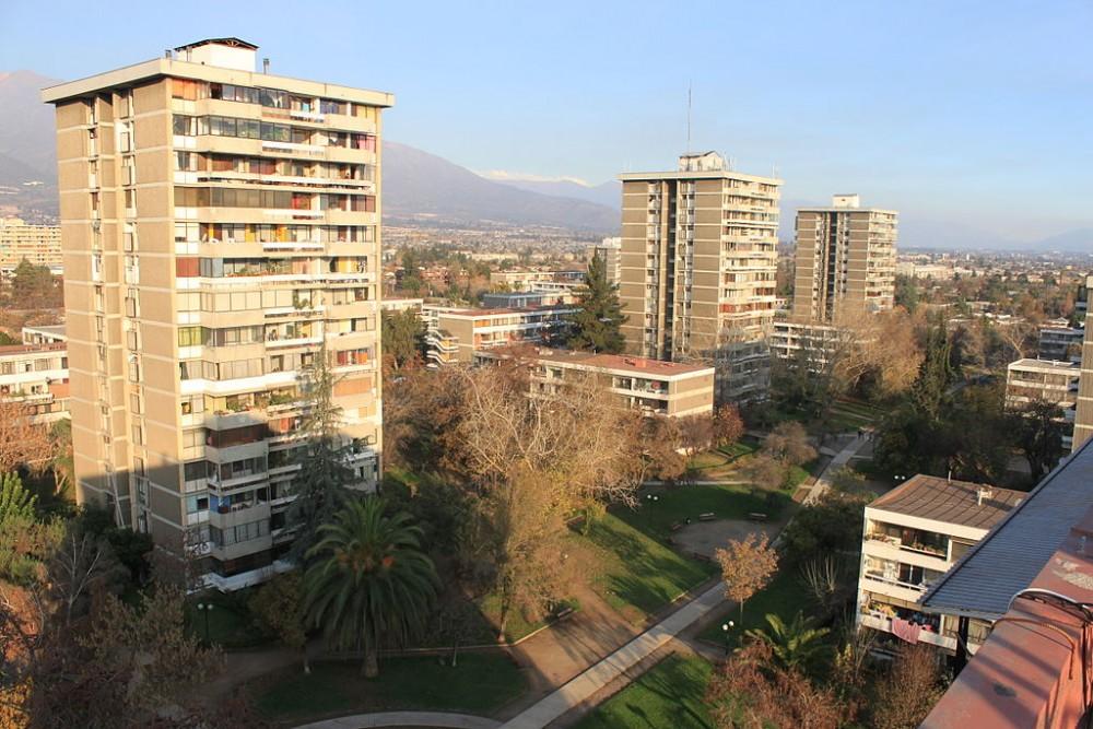 Villa frei foto por carolina olmedo carrasco wikimedia for Ciudad santiago villas
