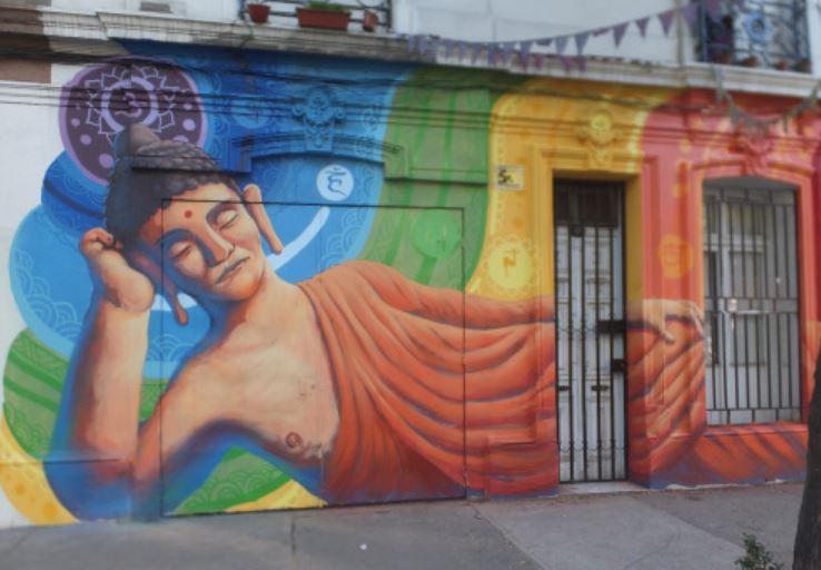 """Mural """"Buda Gautama"""". En Barrio Yungay. Cortesía de Sofrenia"""