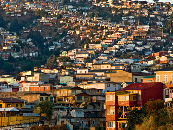 houses-hill-valaparaiso-chile_62053_600x450