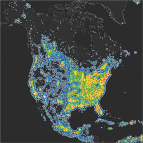 Mapa del brillo en América del Norte. © Elaborado por Fabio Falchi et al. Sci Adv 2016;2:e1600377. Publicado en AAAS. CC BY-NC