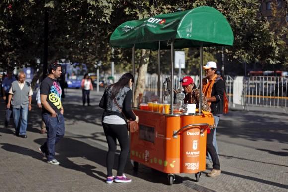 Santiago Sano. © Luis Hidalgo para Municipalidad de Santiago. © Flickr Usuario I. Municipalidad de Santiago