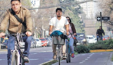 Multas a ciclistas veredas Providencia