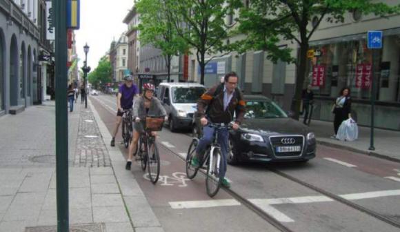 """Fuente: Informe """"Estándar para facilitar la bicicleta en Oslo""""."""