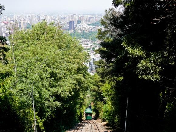 Funicular del Cerro San Cristobal, Parque Metropolitano de Santiago. Flickr Usuario: © Wanaku. Licencia: CC BY-NC-ND 2.0