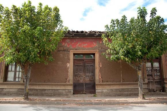 Casa Violeta Parra San Carlos Wikimedia Commons Usuario Eduardo Banderas G América elementall Licencia CC BY-SA 3.0