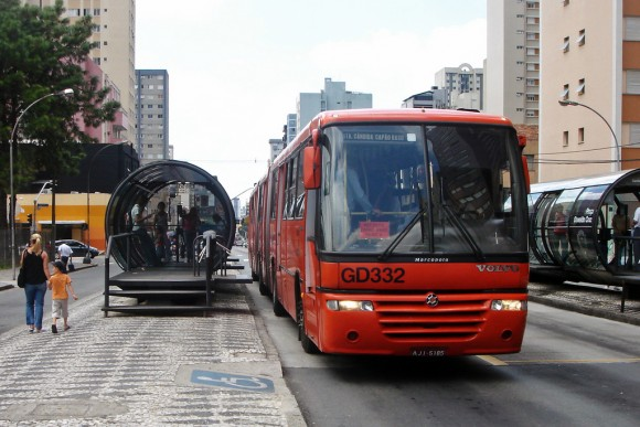 Curitiba Brasil Flickr Usuario mariordo59 Licencia CC BY-SA 2.0