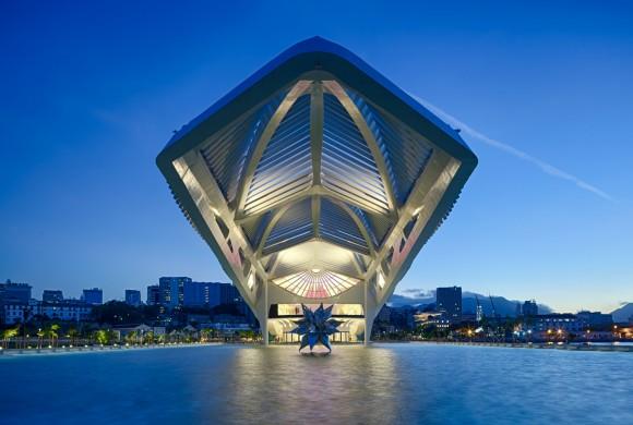 Museo del Mañana / Santiago Calatrava. Image © Gustavo Xavier