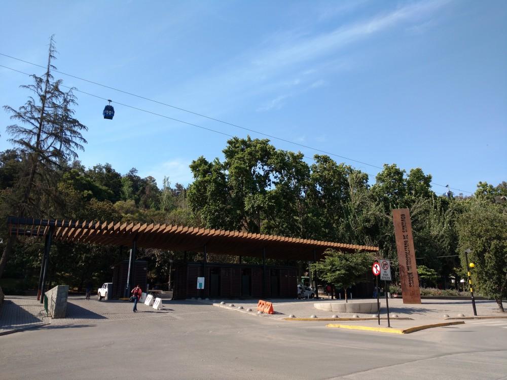 Acceso por Pedro de Valdivia Norte, Providencia. © Plataforma Urbana