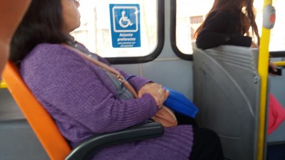 Los asientos preferenciales deben estar bien señalizados.