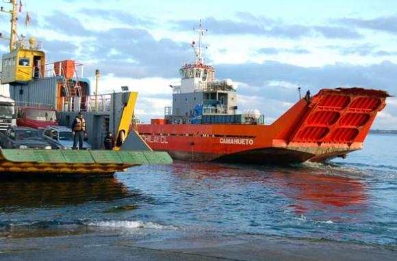 Ferry Interpatagonia en Canal de Chacao.