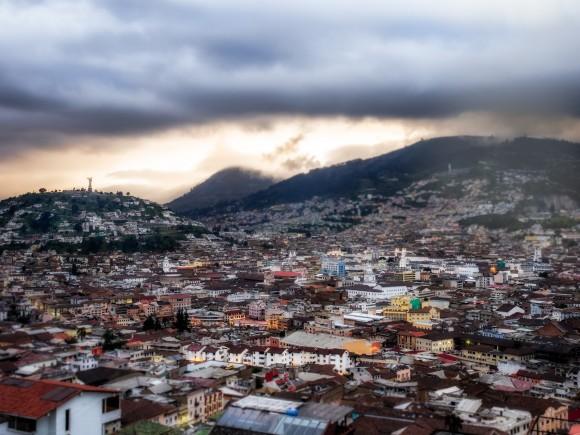 Quito © usuario de flickr Simon Matzinger licensed: cc