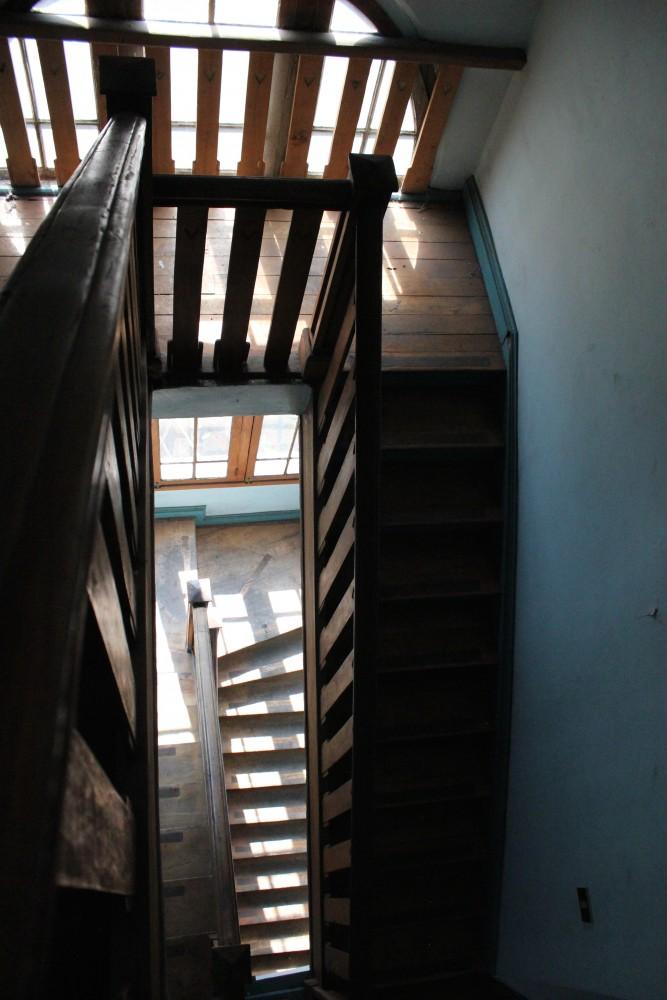 José Domingo Cañas Nº 901. Escalera principal.  © Andrés Morales Zambra