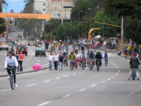 Bogota Colombia Flickr usuario Cidades para Pessoas Licencia CC BY 2.0