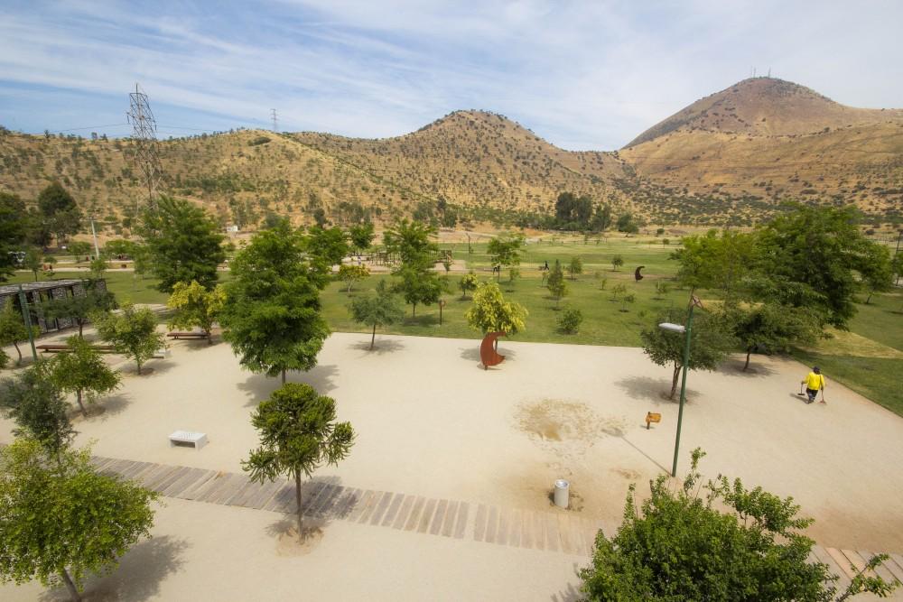 Parque Metropolitano Sur, Cerros de Chena, Santiago. © Plataforma Urbana