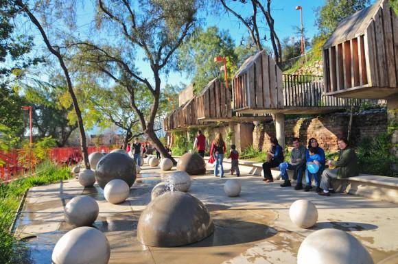 © Parque Bicentenario de la Infancia, Santiago. © Plataforma Urbana