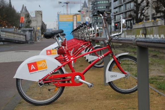 Bicicletas públicas de Amberes. Flickr usuario: © Rose Robinson, bajo licencia CC BY-NC-ND 2.0.