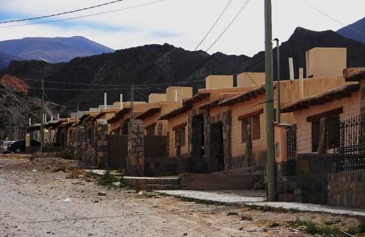 Conjunto de viviendas del PFEH en Tilcara, Provincia de Jujuy.