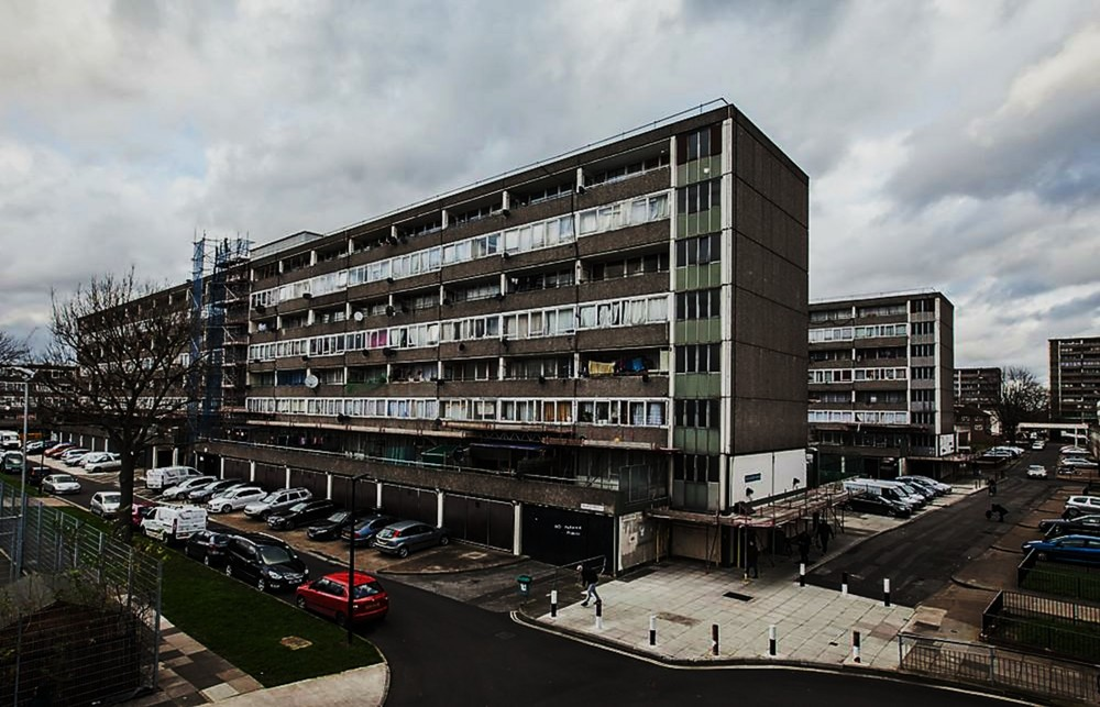 El conjunto Aylesbury, notoriamente deteriorado, es objeto de un programa de demolición para la posterior regeneración urbana.